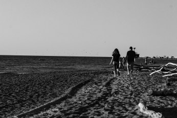 BeachStroll (1 of 1)
