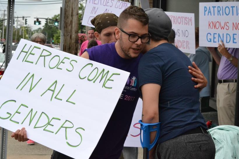 transgender-military-ban-protest-2017_06