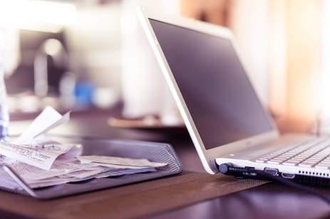 DeskLaptop